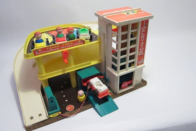 Fisher-Price   Service Station